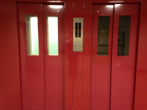 UR賃貸「奈良北団地」エレベーターの停止階一覧